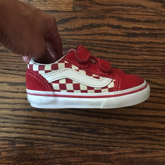 797843b6c1e Vans Old Skool Checkered Velcro Toddler Shoes sz 6.  M 5b5512e1b6a942d4843e498b